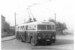 """Bild 4: LOWA-Obus """"W601"""", ab 1951 an der Endhaltestelle Ostende (W. Schreiner - Leipzig)"""