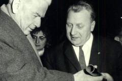 WWF-Werkdirektor-H.-Gehrke-mit-H.-Matern-Politbüromitglied